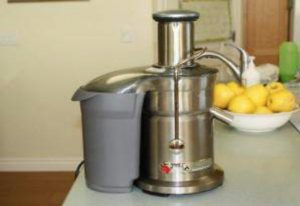 Fresh Juice: It Does A Body Good - Juicer blog 300x206 - Fresh Juice: It Does A Body Good